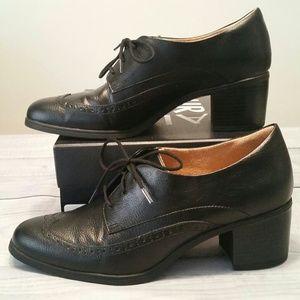 Naturalizer Herlie block heel oxford 8.5 black